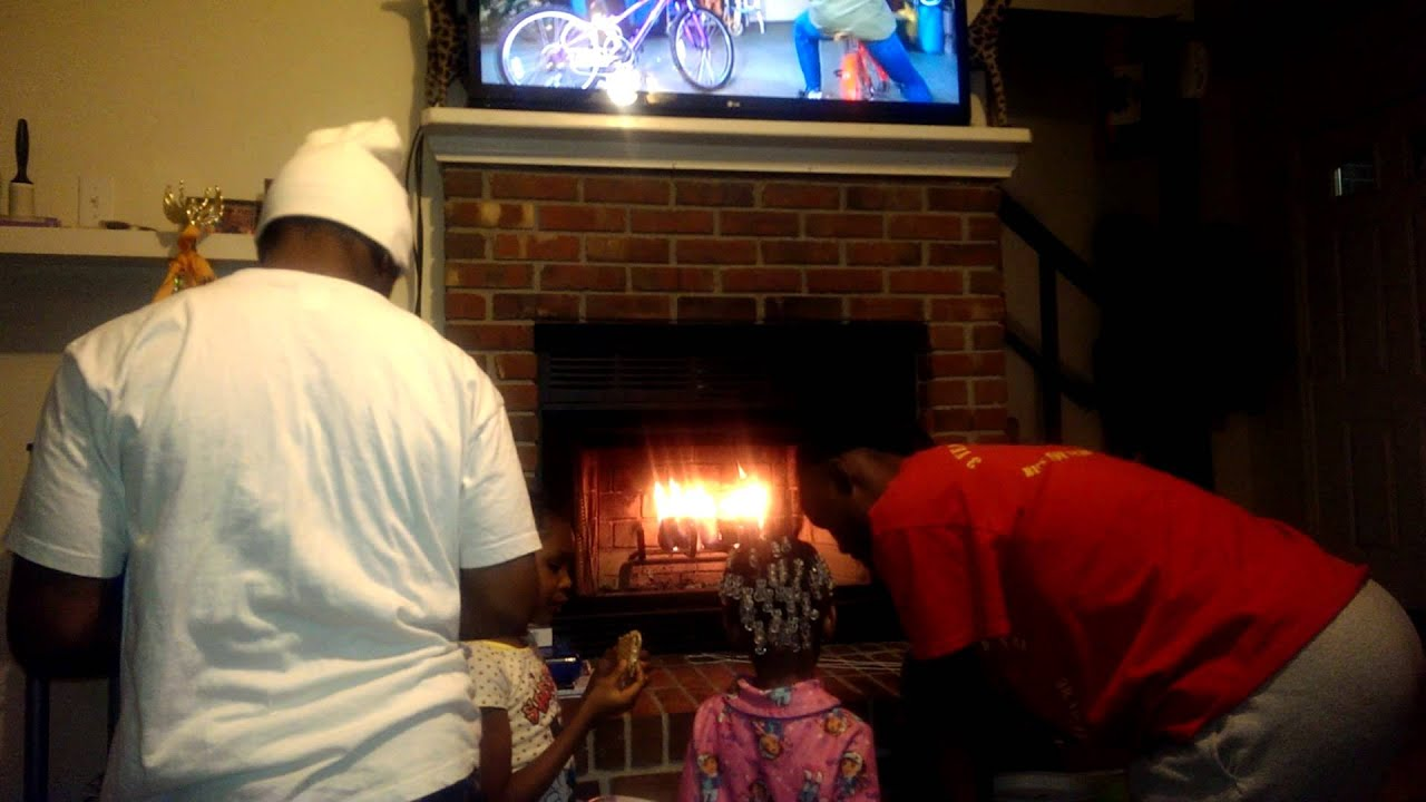 Making smores at the fireplace - YouTube