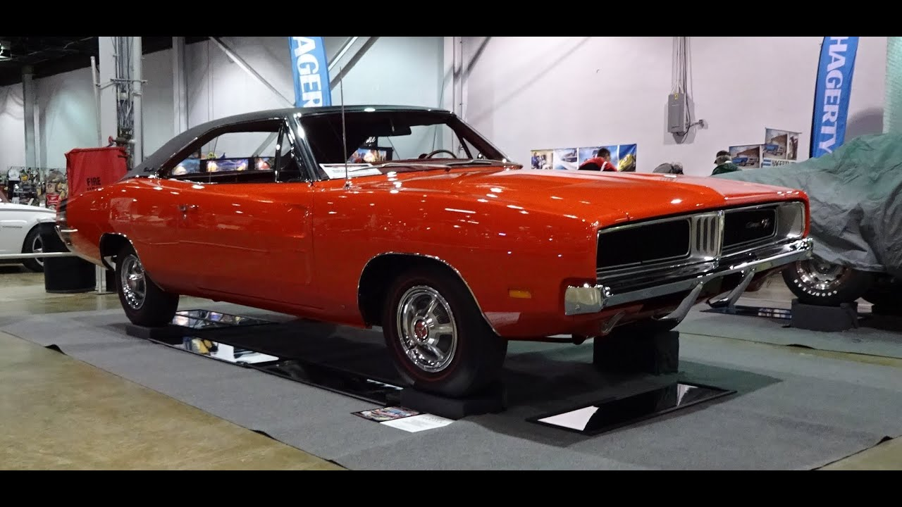 Gator Garage Pontiac Il 1969 Dodge Charger R T 440 In Charger Red Paint Engine Start Up On My Car Story With Lou Costabile