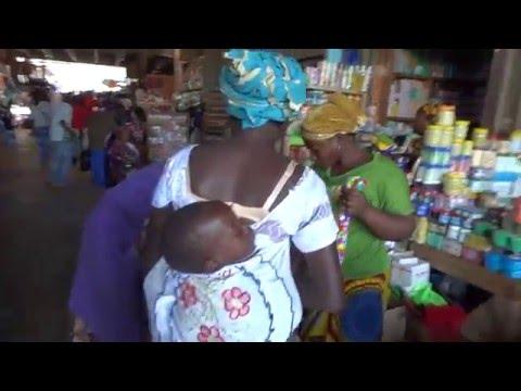 Burkina Faso: Grand Market in Ouagadougou ブルキナファソ:ワガドゥグの市場