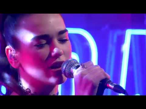 """Dua Lipa Performs """"Be The One"""" at DWDD 2016"""