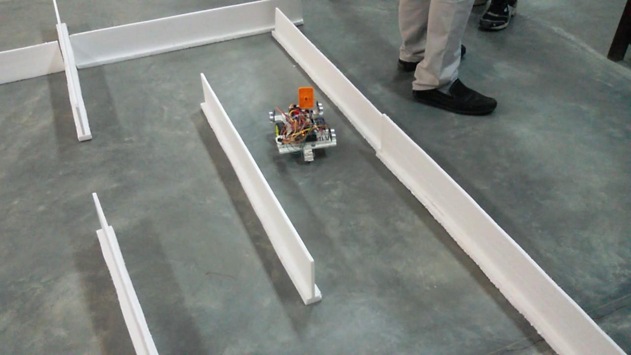 Maze solver robot in Arduino