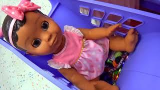 Zoveel Speelgoed In De Kinderwinkel! -  Funny for Kids - Educatieve video voor kinderen