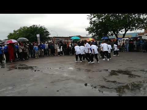 Mtuba Somkhele Brothers eBenoni idlala amabambeyeka awubheke.