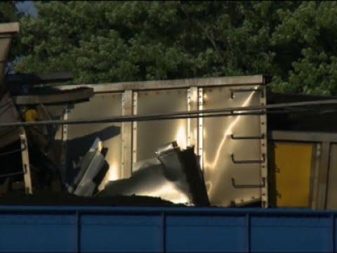Wisconsin Coal Train Derail No Threat to Public