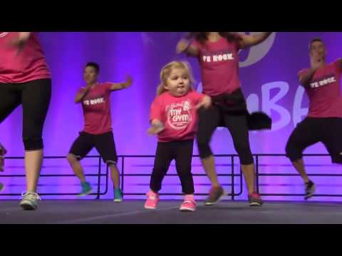 Смешная маленькая девочка говорит - Смешное видео про