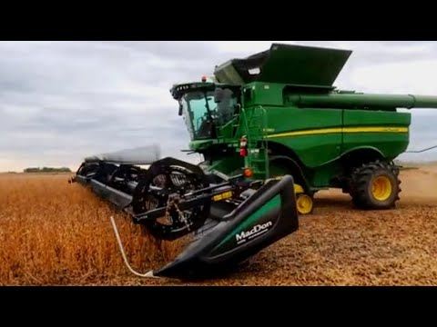 Randy's Harvesting Soybeans!