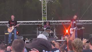Evil Conduct - Skinhead Till I Die (Pod Parou Fest 2015 [HD]