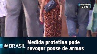 Medida protetiva pode revogar posse de armas | SBT Brasil (21/01/19)