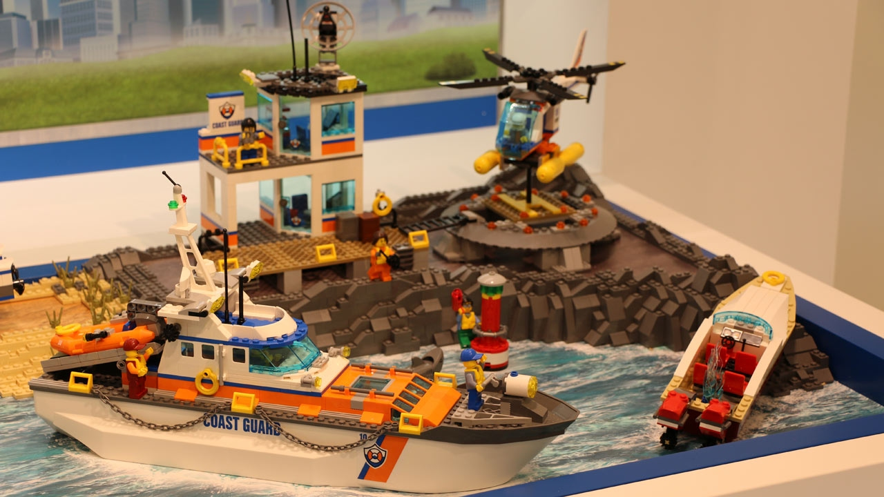 toy coast guard helicopter with Watch on Peanut butter jelly time tshirts furthermore Helicopter Pilot Harness further Lego together with Helicopter Chopper Gyroplane Red 305243 besides AGVsaWNvcHRlciBmaXJl.