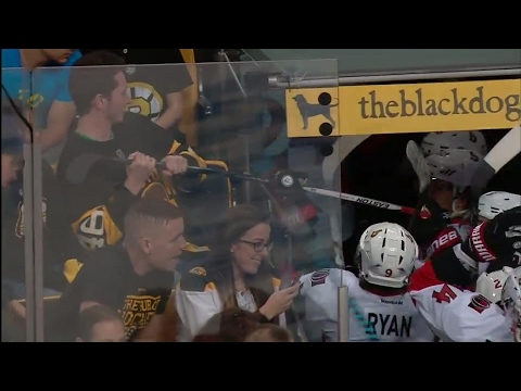Brazen Bruins fan tries to steal Wideman's stick after Senators win