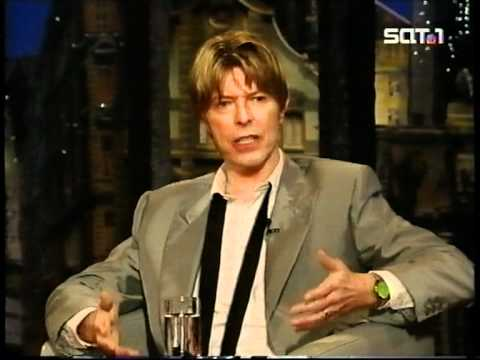 David Bowie Interviewed On The  Harald Schmidt Show 11.07.2002.