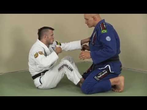 A Super Fast BJJ Guard Sweep