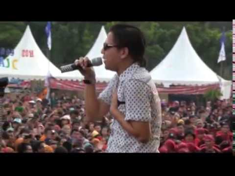 Tipe X - Saat saat Menyebalkan (Live at Mayday Fiesta 2014 FSPMI Purwakarta)