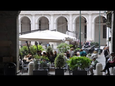 Italie - Ville de Bergame 3 - 50 Km de Milan - Film et Musique de Vinh-Thien Quach.