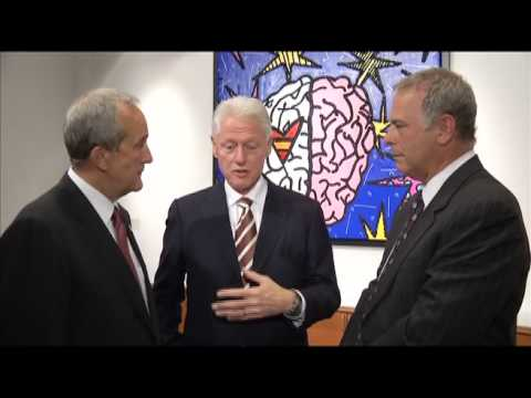 President Bill Clinton visits Cleveland Clinic Lou Ruvo Center for Brain Health