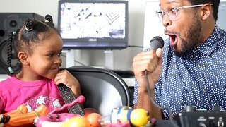Dad Freestyle Raps and Sings With 4-Year-Old Daughter