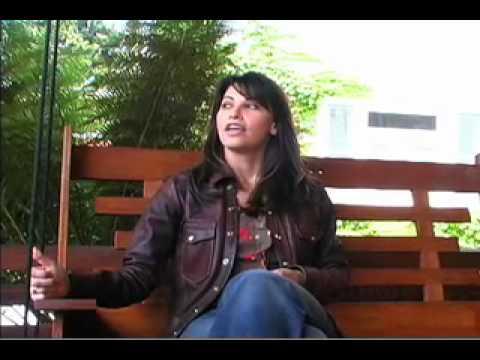 Gina Gershon Interview (3/3)
