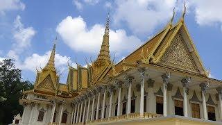 พระราชวังหลวงและเจดีย์เงิน กรุงพนมเปญ (Phnom Penh Royal Palace and Silver Pagoda)
