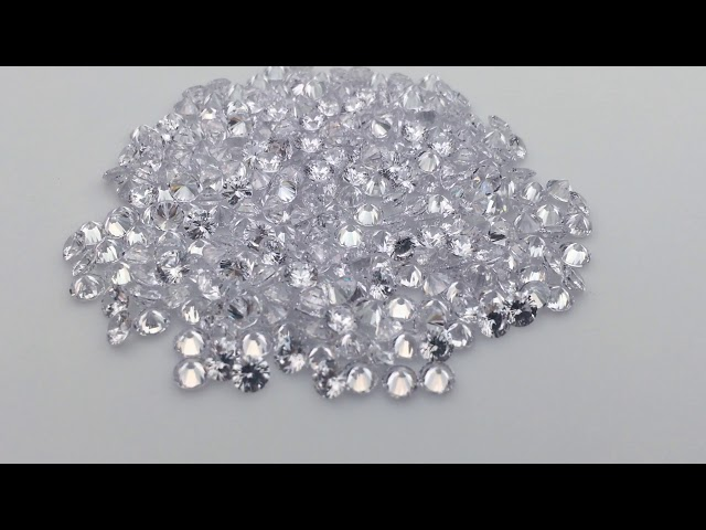 3A Quality White Colorless Cubic Zirconia Round diamond cut CZ gemstones in 4.5mm
