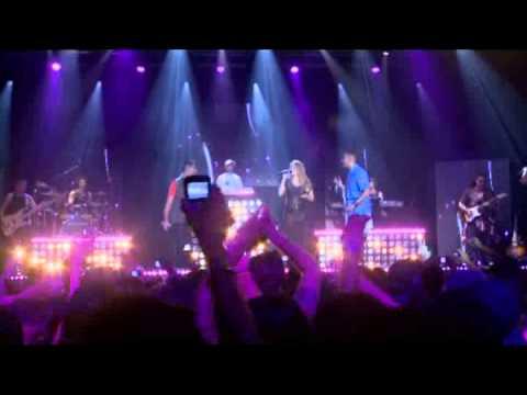 04 - Distância - DVD SAMPA CREW - 25 anos de sucesso +25 Ao Vivo