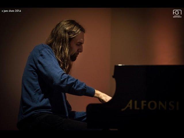 Simone Maggio - piano solo improvvisation -