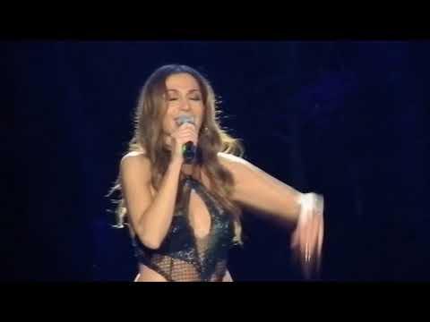 Despina Vandi - Na tin xairese live Nicosia 2017