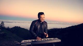 Video Willy Juno Feat Anto - Bidadari Tak Bersayap Anji Cover download MP3, 3GP, MP4, WEBM, AVI, FLV Desember 2017