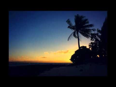 Luke Bryan - Home Alone Tonight (feat. Karen Farichild)