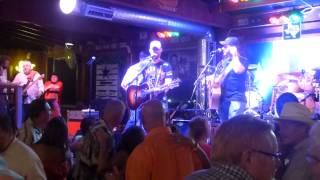 Jesse Keith Whitley - Miami, My Amy (Houston 07.26.14) [Keith Whitley cover] HD