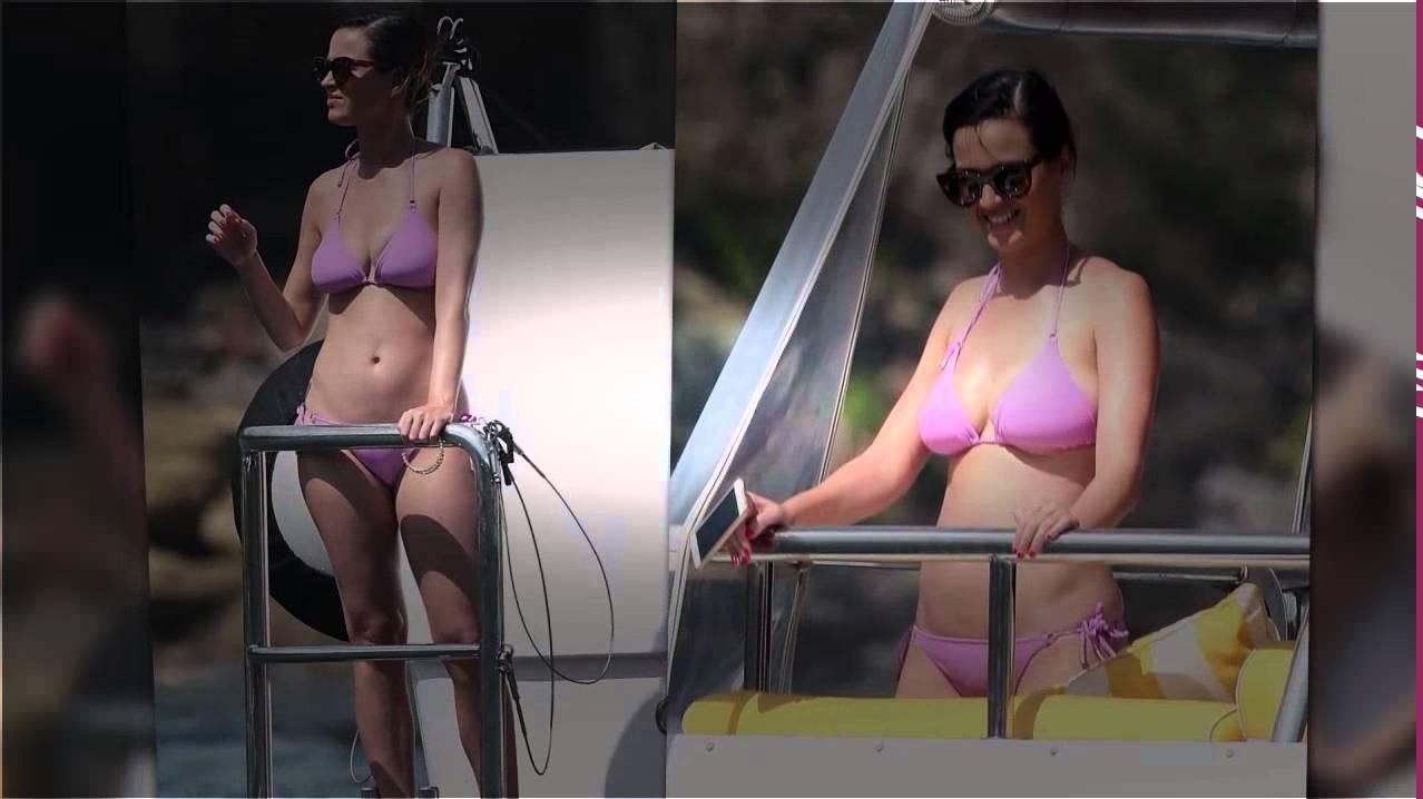 Katie Perry Bikini Pic