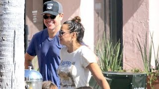Matt Damon And Beautiful Wife Luciana Wnjoy Lunch With Friends