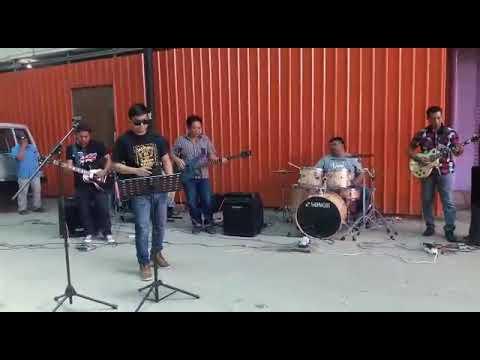 Live busking part 2 (Sandiwara-xpose band)