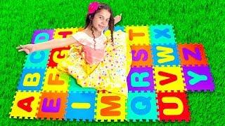 MÚSICA DO ABC aprender ALFABETO EM INGLÊS para crianças com SARAH!