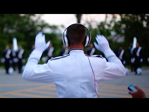 Bluecoats 2015 - Hornline Warmup [Quality Audio]