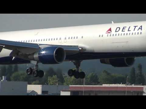 Delta Air Lines N183DN 767-300ER Landing Portland Airport (PDX)