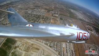 МиГ 15,полет миг 15,самолеты,авиация!Посадка самолета!(Самолет МиГ-15!!!один из первых реактивных самолетов СССР!!Смотреть всем!! -----------------------------------------------------------------..., 2014-05-09T21:46:05.000Z)