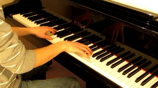 "Amy Macdonald - ""Don't Tell Me That It's Over"" played on piano"