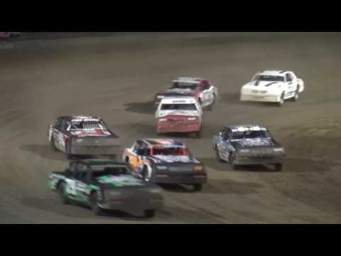 IMCA Hobby Stock feature Independence Motor Speedway 6/10/17