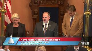 Sen. Johnson welcomes Rev. Kinnamon to the Michigan Senate