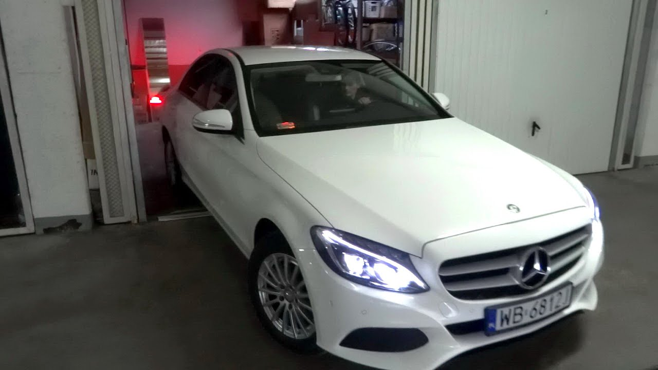 W205 mercedes benz c class c200 garage park q a parkowanie for Garage mercedes mantes