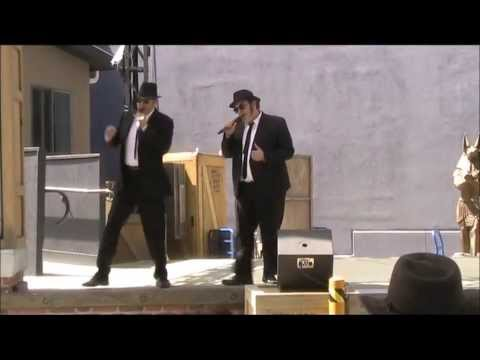 Sweet home Chicago / Everybody needs somebody to love - The Blues Brothers