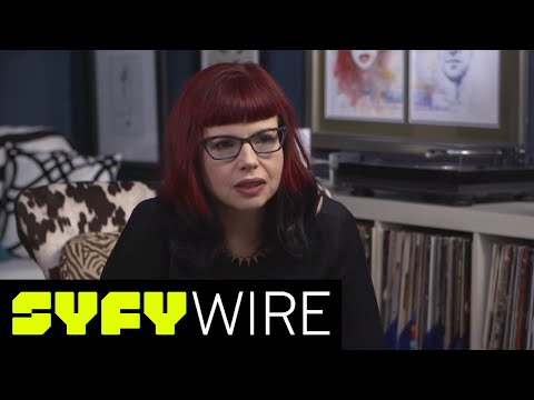 Kelly Sue DeConnick on Captain Marvel, Bitch Planet and More (Behind the Panel) | SYFY WIRE