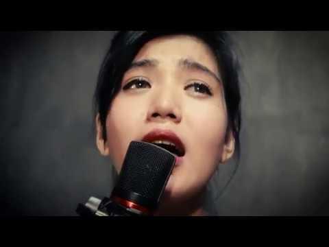 Sang Penggoda - Tata Janeeta Feat Maia Estianty (cover) Nanda Pratiwy