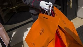 Luxury Shoppers Are Jerks to Others