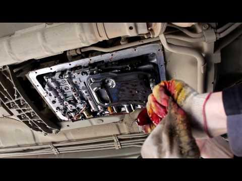 Фото к видео: Toyota Mark II Тойота Марк 2 JZX 101 1998 года Замена масла и фильтра в АКПП автомате