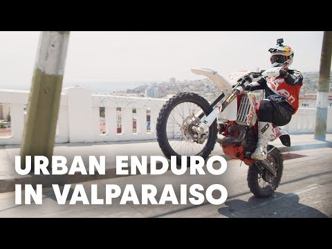 Riding Up An Urban MTB Downhill Course | Red Bull Valparaiso Cerro Abajo
