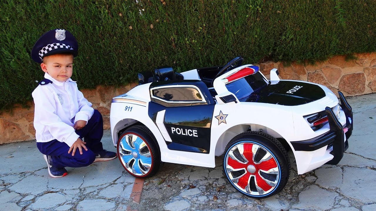 Dima play with Nerf nitro - unboxing police car
