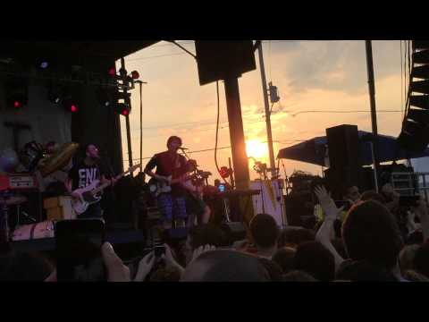 The Front Bottoms - West Virginia live Skate And Surf 2015