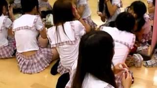 http://osu-idol.com/ 2010.8.8の映像です。身近なアイドルOS☆U(Osu Sup...