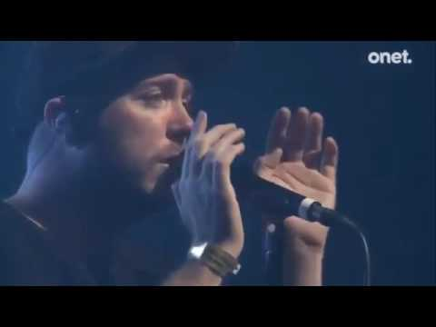 CHVRCHES High Enough to Carry You Over Opener Festival 2016